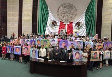 Fijan diputados postura sobre Desaparición Forzada de 43 normalistas de Ayotzinapa en Iguala, Guerrero