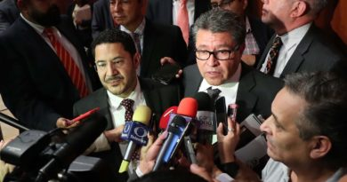 México vive una crisis humanitaria y de violencia: Ricardo Monreal