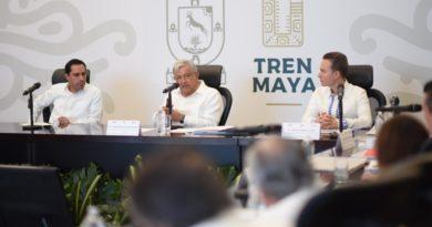 Encabeza AMLO reunión de trabajo en Yucatán por Tren Maya