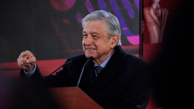AMLO anuncia Plan de Bienestar para más de 80 municipios aledaños a ductos